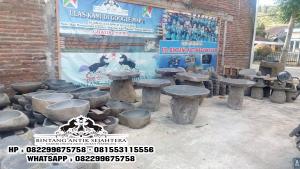 Meja Taman Batu Kali