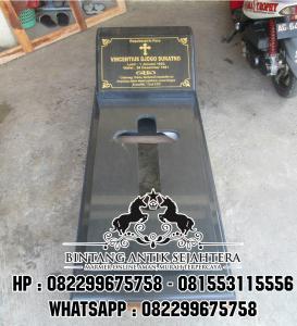 Makam Jakarta Granit